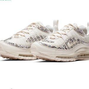 Nike Air Max 98 LX Recycled Material